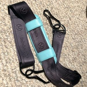 LULULEMON | adjustable bag strap
